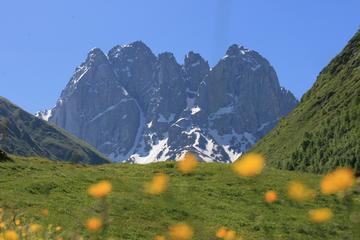 Kazbegi and Trekking from Juta