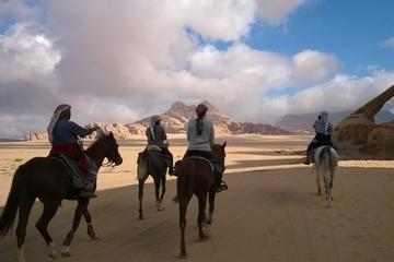 2-hour Horse Riding Tour in Beida Little Petra