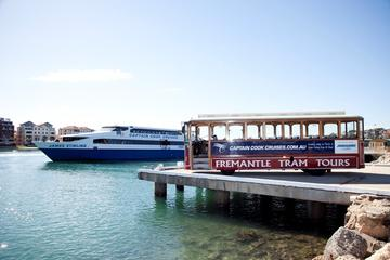 Perth: Bootsfahrt mit Mittagessen einschließlich...