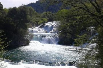 Private Tour zum Krka-Nationalpark mit Skradinski buk Wasserfall ab...