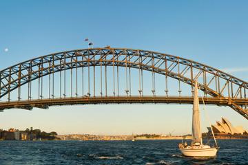 Segeltour bei Tag durch den Hafen von Sydney