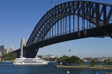 Cruzeiro com café em Sydney Harbour