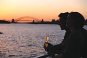 Middagskryssning i Sydney Harbour i solnedgången