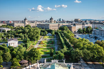 Imperial Grand Tour: Vienna City and Wienerwald