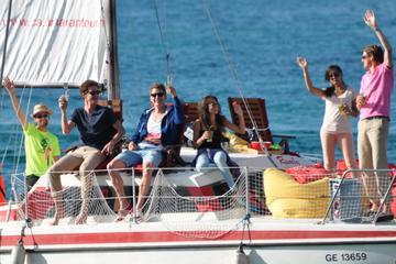 Private Catamaran Cocktail Cruise in...