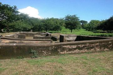 Private Walking Tour of Leon Viejo ...