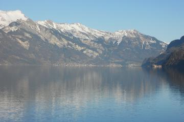 Cascade de Giessbach: excursion autour du lac de Brienz au départ...