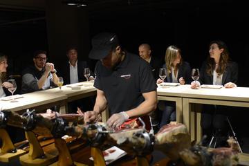 Esposizione di prosciutto e vini con degustazione a Barcellona