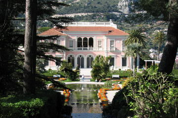 Full-Day Private Monaco and French Riviera Villages Tour from Nice