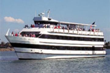 Mittagszeit Bootstour mit Tanz