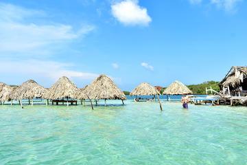 Buceo de superficie en las islas de Rosario y Cholón