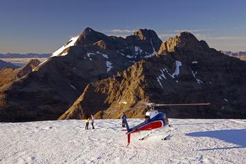 Vuelo en helicóptero por la cordillera montañosa Remarkables desde...