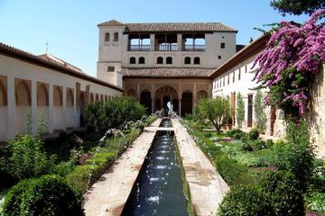 Tour di 2 giorni a Granada da Siviglia con ingresso saltafila al