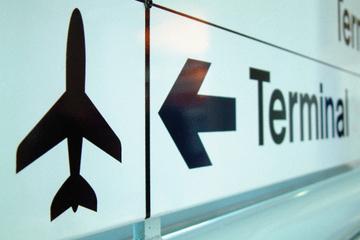 Traslado compartido para llegadas: del aeropuerto de Sevilla al hotel