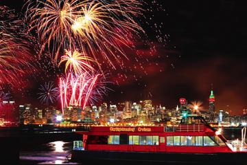 Cruzeiro de Fogos de Artificio de Ano Novo na cidade de Nova York