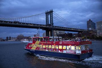 New York City– Bootsfahrt in der...