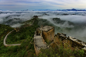 Group Hiking Tour From Jinshangling to Simata Great Wall West and Chinese Kung Fu Show