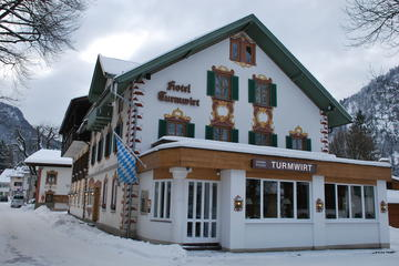 5-Night in Oberammergau including Cable car ride to the Laber Mountain during Christmas or New Year