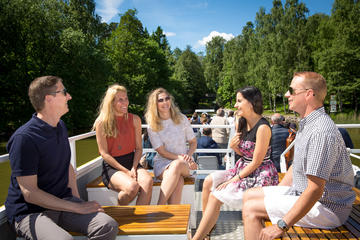 Helsinki Super Saver: Panorama Sightseeing Bus Tour and Canal Cruise