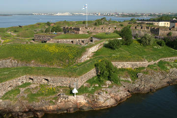 Private Guided Tour of Suomenlinna...