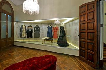 Private Buenos Aires City Bus Tour with Evita Peron Museum