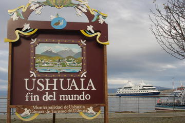 Tierra del Fuego and Beagle Channel Full-Day Tour from Ushuaia