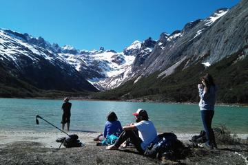 Trekking to Laguna Esmeralda with Beaver sightseeing