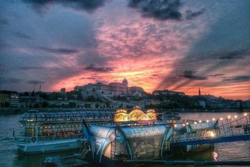 Legenda: Crucero de leyenda por el Danubio en Budapest