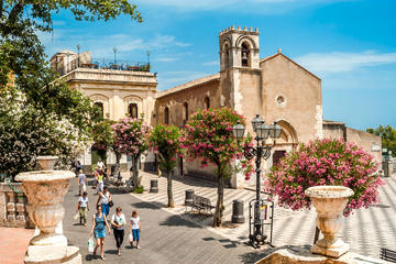 Private tour to Taormina-Castelmola-Giardini Naxos with option of