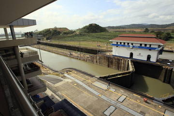 3-Hour Tour of the Panama Canal