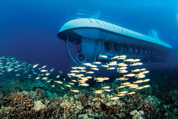 Ubåteventyr i Kona og luau på Royal Kona Resort