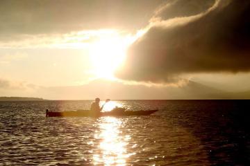 Promenade en kayak sous le soleil de minuit au départ de Tromso