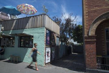 Queen Victoria Market and Carlton Foodie Walking Tour