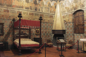 Private 1-Hour Tour of the Palazzo Davanzati in Florence