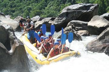 Rafting en eaux vives d'une journée sur la rivière Barron au départ...