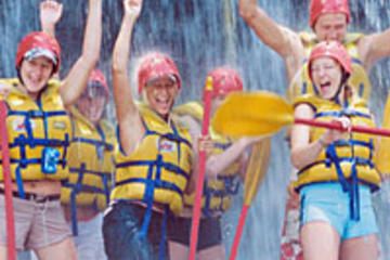 cairns-rafting-eaux-vives-riviere-tully-dejeuner