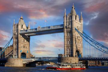 Hopp-på-hopp-av-cruise på Themsen