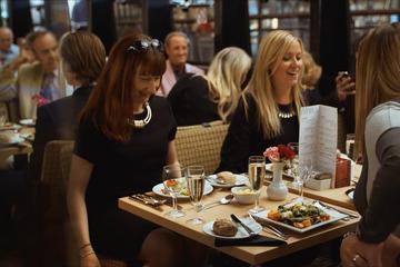 Romantic dinner cruise london