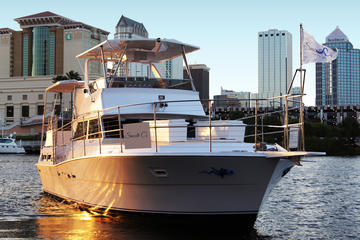Day Trip Private Two Hour Yacht Charter in Tampa Bay near Saint Petersburg, Florida