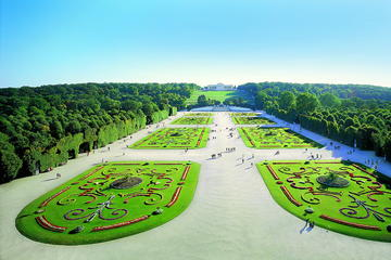 Tour in trenino dei giardini Schönbrunner di Vienna