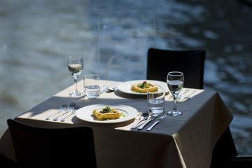 Cruzeiro fluvial com almoço pelo Rio...