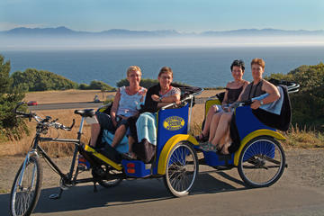 Day Trip Victorian Gardens and Seaside Vistas Pedicab Tour near Victoria, Canada