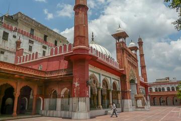 A fascinating history trail through Chandni Chowk