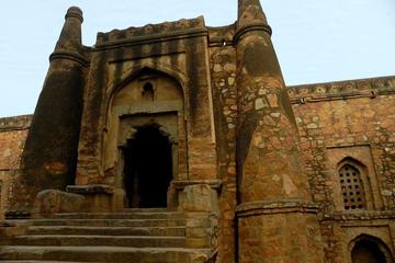 A walk to Mehrauli and Zafar Mahal