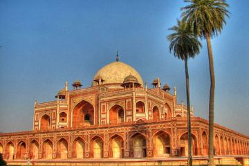 Discover Agra through its lanes and by-lanes
