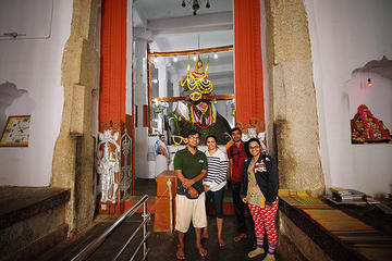Temples and Flavors of South Bangalore Bike Tour