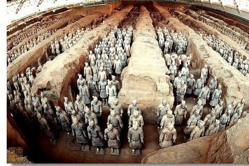 One Day Small-Group Coach Tour of Terracotta Warriors With Lunch