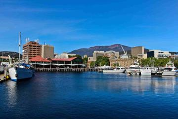 How to get to port arthur from hobart
