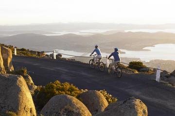 På cykel ned ad Mount Wellington med afgang fra Hobart