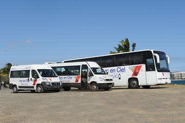 Airport Transfer: Noumea to La...